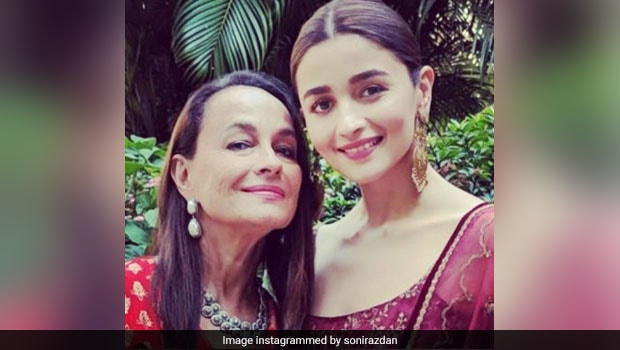 Alia Bhatt's Mother Soni Razdan Tells Us How To Make Perfect Christmas Trifle (See Pics)