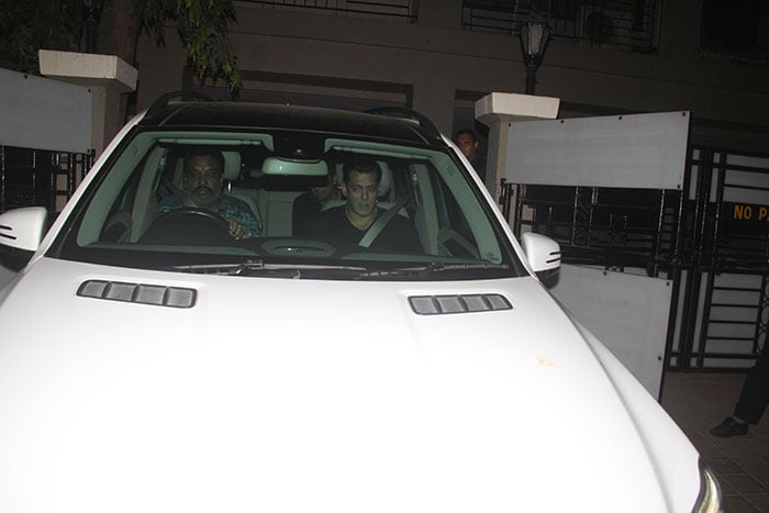 Salman Khan arriving at the party