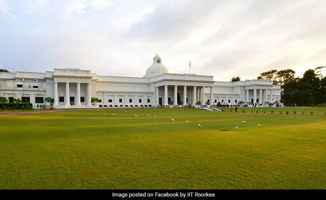 President Awards Medals To 9 Students At IIT Roorkee Annual Convocation