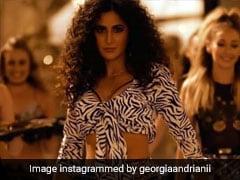 Zero Husn Parcham: कैटरीना कैफ ने लहराया 'हुस्न परचम', नहाते हुए ही भागे 'जीरो' शाहरुख खान- देखें Video