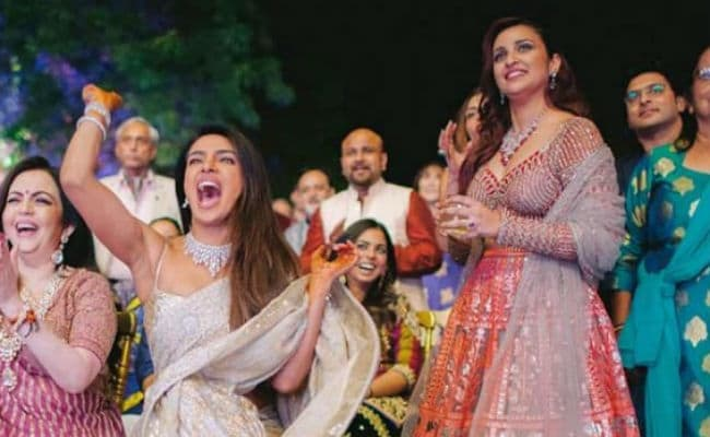 Priyanka Chopra And Nick Jonas' Sangeet: Parineeti's First-Hand Account Of How Ladkewale 'Stumped' Ladkiwale
