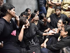 Sabarimala Protests Updates: 2 Women Blocked By Protestors 1 Km From Sabarimala Temple In Kerala