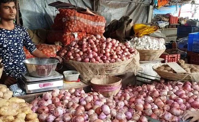 Vegetable Prices Soar In Hyderabad After Rain Damages Crops