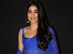 Loving Janhvi Kapoor's Blue <i>Saree</i>? Get Yourself One From These 5 Options