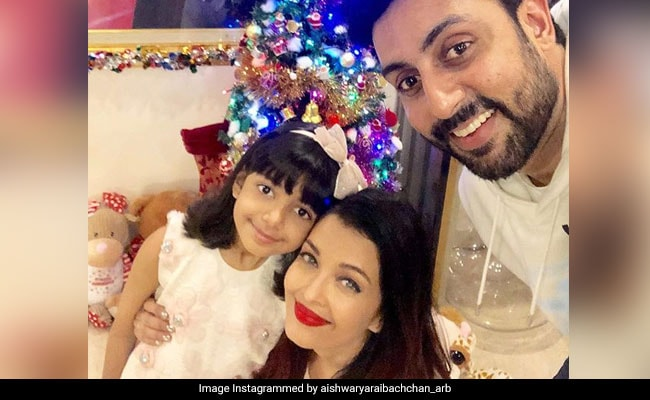 Aishwarya Rai Bachchan, Abhishek And Aaradhya Send Christmas Wishes To Fans On Instagram