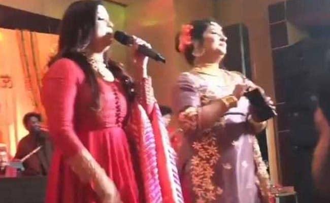 Kapil Sharma Wedding: कपिल शर्मा की शादी में देसी छौंक, माता के जगराते से लेकर 'जागो' तक की रस्म...देखें Video