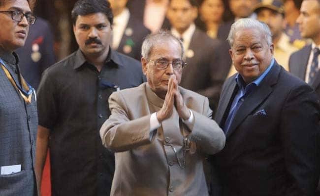पूर्व राष्ट्रपति प्रणब मुखर्जी, संघ विचारक नानाजी देशमुख और भूपेन हजारिका को मिला भारत रत्न