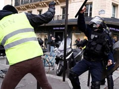 """Few Turn Out For French """"Yellow Vest"""" Protests, Driver Dies At Road Block"""