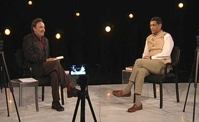 Prannoy Roy, Arvind Subramanian On Banking, Farmer Crises: Highlights
