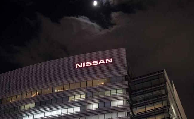 Renault asks Nissan to call shareholder meeting