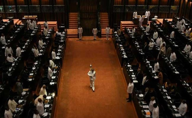 Sri Lanka President Names New Cabinet To End Political Crisis