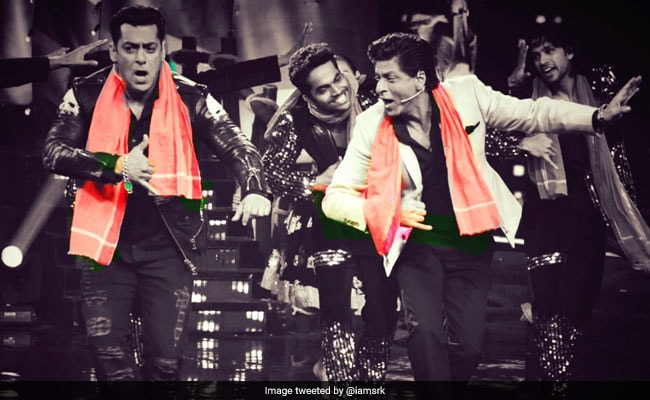Zero: Shah Rukh Khan And Salman Khan's Issaqbaazi On The Sets Of Bigg Boss 12