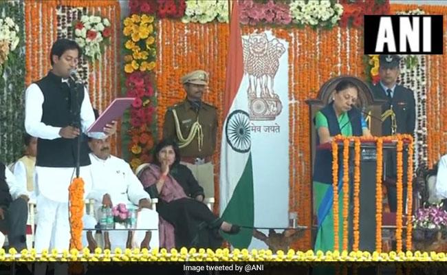 मध्यप्रदेश: CM कमलनाथ ने किया कैबिनेट विस्तार, 28 मंत्रियों ने ली शपथ, जातिगत और श्रेत्रीय संतुलन का रखा गया ख्याल