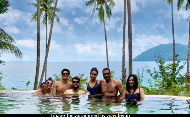 Kajol, Ajay Devgn, Nysa And Yug Are Busy Vacationing From Christmas To New Year