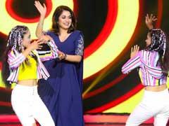 'बाहुबली' की शिवागामी जब उतरीं डांस फ्लोर पर तो वायरल हो गया Video