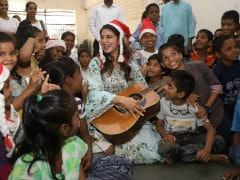 Jacqueline Fernandez Spreads Christmas Joy In Mumbai. See Trending Pics