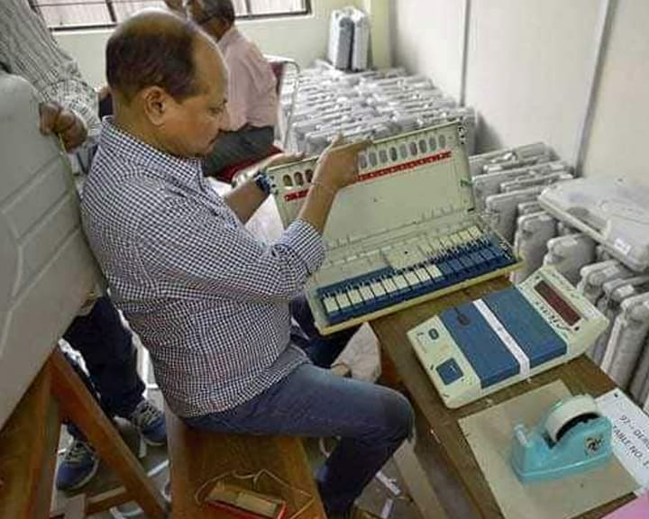 On Voting Machines, Supreme Court Seels Poll Commission's Response