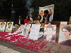 As Early Leads Come In, Congress Workers Perform <i>Havan</i> For Rahul Gandhi