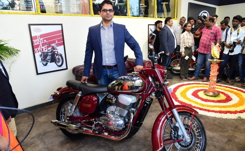Ashish Joshi, CEO, Classic Legends with a Jawa Forty Two at the launch of Jawa's Begaluru showroom