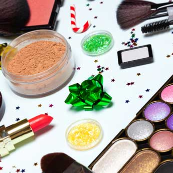 5 Ways To Take Your Makeup Look From Work To A Christmas Party