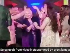 Isha Ambani Wedding: 'तूने मारी एंट्रियां रे दिल में बजी घंटियां' गाने पर जब Hillary Clinton ने किया जमकर डांस