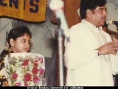 Sonakshi's Birthday Wish For Dad Shatrughan Sinha Is Adorable But She Has A Question