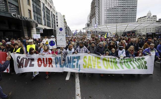 200 Nations Start 2-Week Talks To End Political Divide On Climate Change