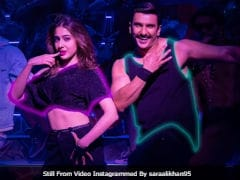 The <i>Simmba</i> Effect: Flash Mob In New York Dance To Ranveer Singh And Sara Ali Khan's <i>Aankh Marey</i>. Video Is Viral