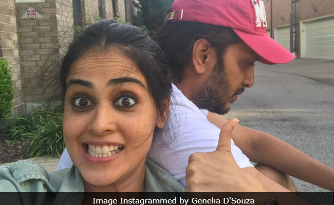 On Riteish Deshmukh's Birthday, Genelia D'Souza Recalls Celebrations From 17 Years Ago On Film Set