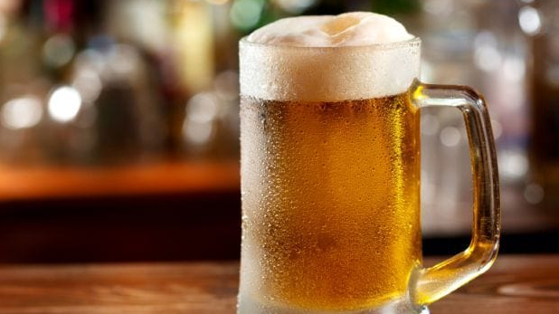 Alcohol Ads On Television May Influence Underage Drinking, Experts Reveal