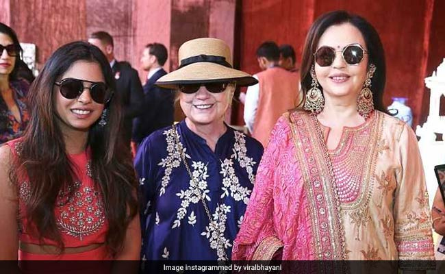 ae7f9a362d9 Isha Ambani-Anand Piramal Wedding  Take A Look At Desserts Served To Guests  In Udaipur! (Pics)