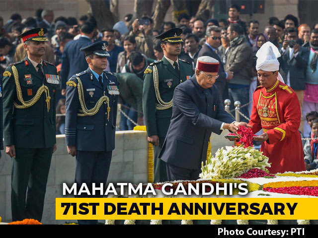 Video : PM Modi, President Kovind Pay Tribute To Mahatma Gandhi At Rajghat