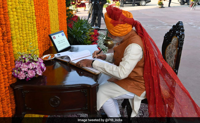 PM Modi's Sartorial Choices On Display With New Turban On Republic Day