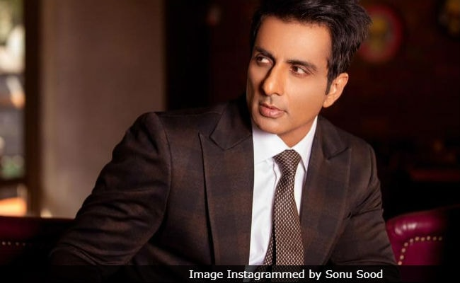 After The Success Of Simmba, Sonu Sood Writes An Emotional Note For His Late Parents