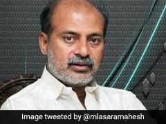 At Shivakumara Swami's Funeral, Karnataka Minister Allegedly Insults Woman Cop