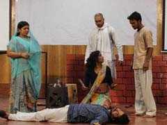 जामिया मिल्लिया इस्लामिया यूनिवर्सिटी में विश्व हिन्दी दिवस पर नाट्य प्रदर्शन