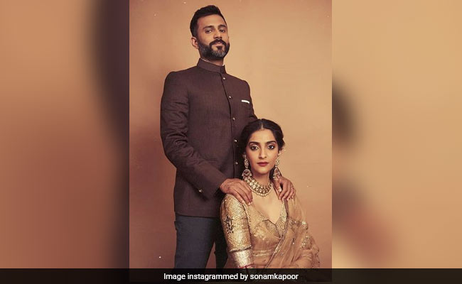 The Internet Hearts These Stunning Photos Of Sonam Kapoor And Anand Ahuja