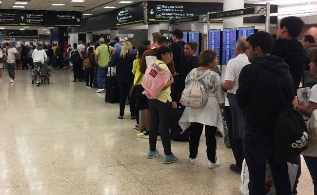 Travelers Fume In Long Lines At US Airport Amid Government Shutdown