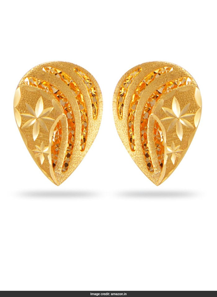 5d3687d97 7 Gorgeous 22K Gold Studs For You To Dazzle In