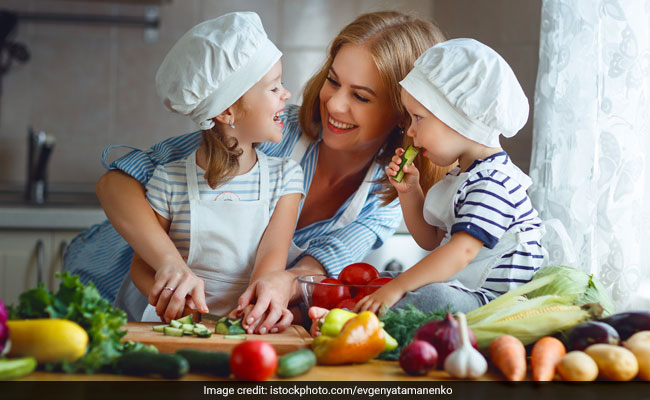Child Nutrition: 5 Diet Tips On How To Make Children Develop Healthy Eating Habits (Study)