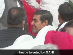 Controversy Over Jagdish Tytler In Front Row At Sheila Dikshit's Takeover