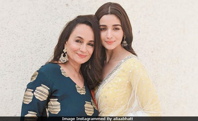 'Let's Give Love A Chance:' Alia Bhatt Tweets In Support Of Mother Soni Razdan's No Fathers In Kashmir