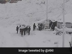 Officials Close Jammu-Srinagar Highway As Avalanche Hits Jawahar Tunnel