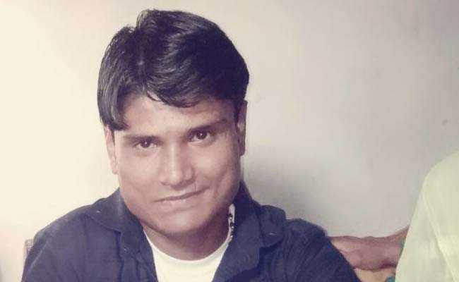 दिल्ली: घायल टैंपो चालक के परिवार से पुलिसवाले करते रहे पैसे की डिमांड, सड़क पर तड़पते हुए युवक ने तोड़ा दम