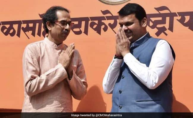 Thackeray Memorial Event: Devendra Fadnavis, Shiv Sena Chief Share Stage