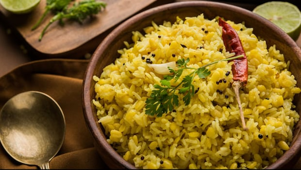 Indian Cooking Tips: How To Make Tadka Khichdi For A Healthy And Comforting Meal (Recipe Inside)