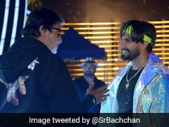 This Is What Happened When Amitabh Bachchan 'Bumped Into Electric, Eclectic' Ranveer Singh. See Pics