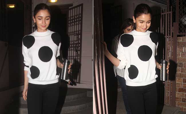 Get Polka Dots Right Like Alia Bhatt: 5 Trendy Knits To Buy