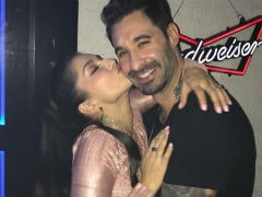 Sunny Leone And Husband Daniel Weber Dance To <i>Simmba</i>'s <i>Aankh Marey</i> In Viral Video