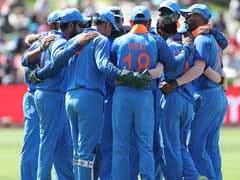 Ind vs Aus 3rd ODI LIVE: टीम इंडिया को लगा दूसरा झटका, शिखर धवन 23 रन बनाकर आउट
